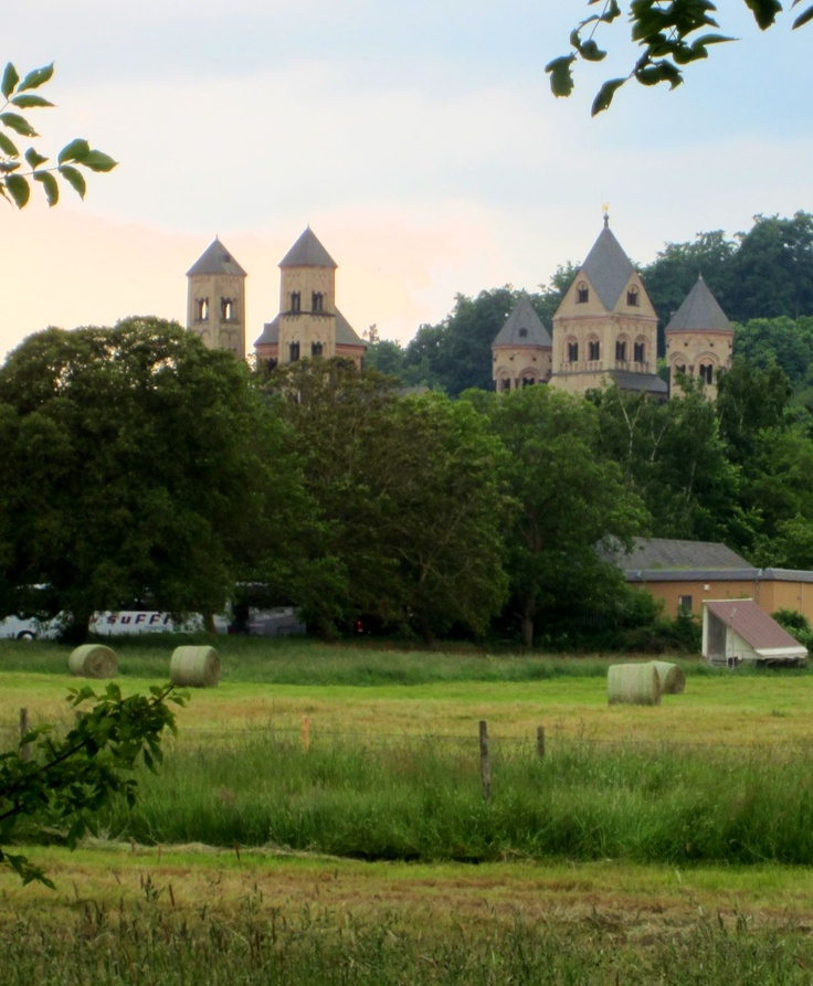 Maria Laach and Laacher See in #Eifel #Germany. More: http://reiseziele.com