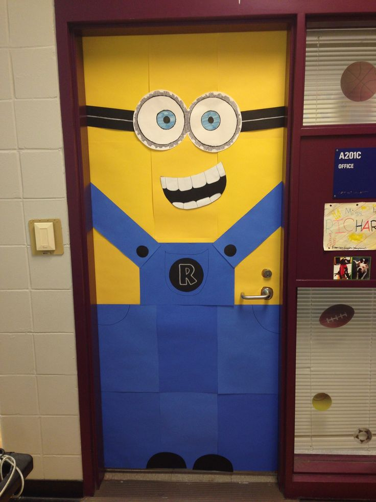 Minions Door Decoration