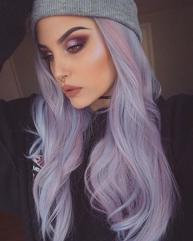 "🦄🦄🦄 Details:  Face: @anastasiabeverlyhills @norvina Stick foundation  Bronzer: @narsissist Liquid Laguna  Highlight: @anastasiabeverlyhills Moonchild in ""Purple Horse""  Brows: @anastasiabeverlyhills Dip Brow in ""Granite""  Eyes: @thekatvond @katvondbeauty Plum Eyeshadow palette   @anastasiabeverlyhills Single shadow in ""Macaroon""  Lips: @kalacosmetics Liquid Lipstick in ""CocoKala""  Septum: @lotusandco  Hair: @uniwigs (Use code INS10 to save $)"