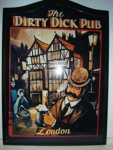 The dirty dick pub, London....bwhahahahaaaaaa!!! Only the British! …