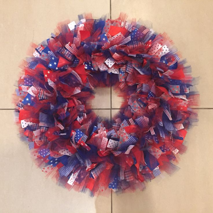4th of july wreath using ribbon and a wire wreath frame from hobby lobby 299 size - Wire Wreath Frame Hobby Lobby