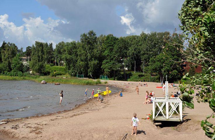 Merikylpylänpuiston ranta Lauttasaaressa [Vladimir Pohtokari]