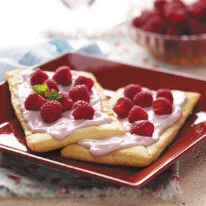 Raspberry Yogurt Pastries Recipe from Taste of HomeHealth Desserts, Taste Of Home, Pastries Recipes, Yogurt Pastries, Crescent Rolls, Raspberries Yogurt, Healthy Desserts, Raspberries Pastries, Crescents Rolls