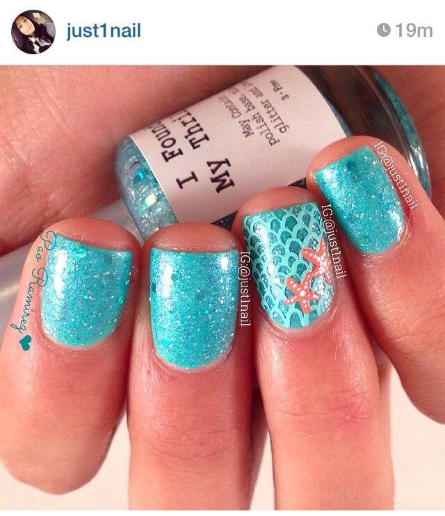 Seashell nails