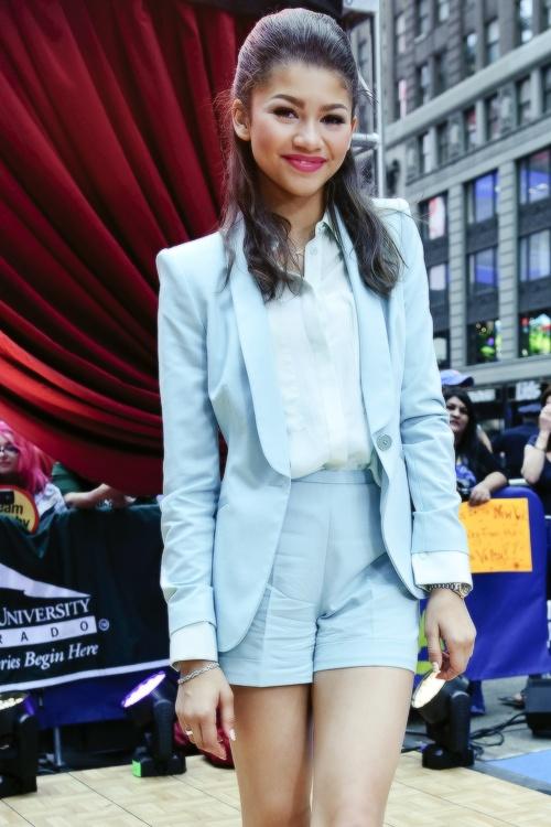 25 Creative Zendaya Outfits Ideas To Discover And Try On Pinterest Zendaya Style Zendaya