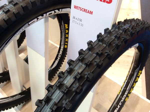 EB14: Maxxis Adds New Mountian Bike tires, More Tubeless Options & Some Road Rubber