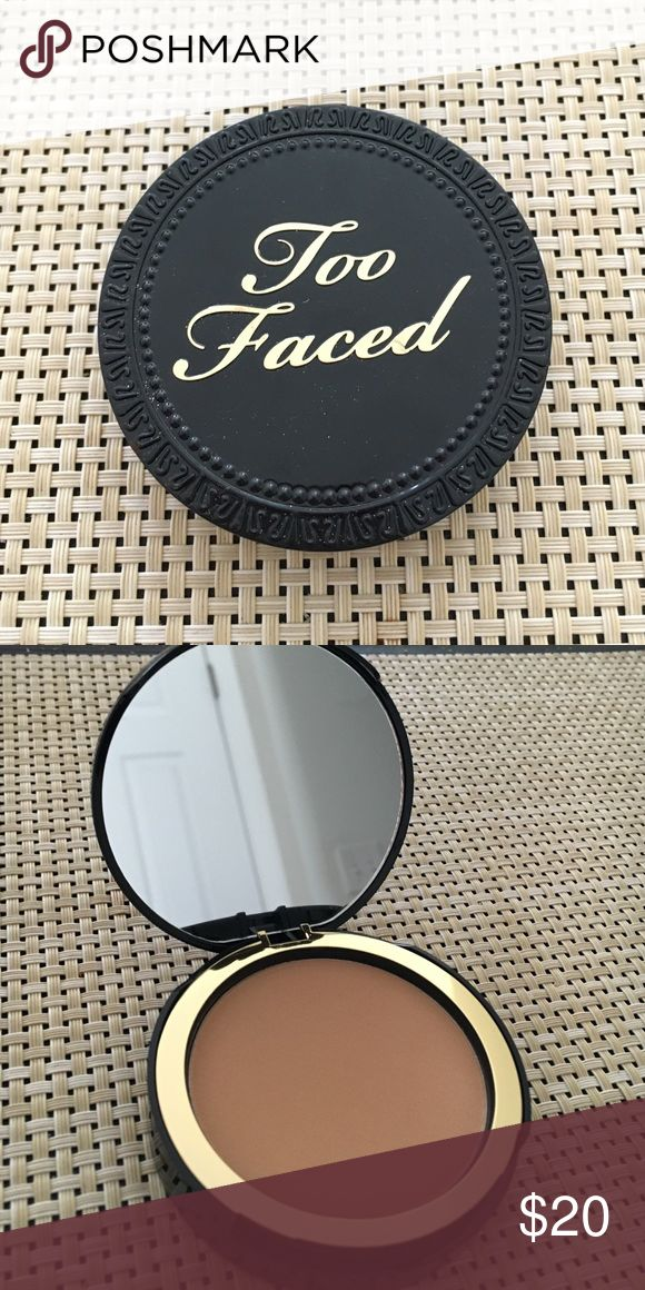 Too Faced Cocoa Powder Foundation NEW NEVER USED Too Faced Cocoa Powder Foundation in MEDIUM TAN! Comes with applicator and mirror! Too Faced Makeup Foundation