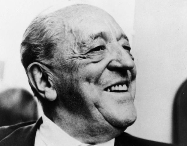 Learn About Mies van der Rohe and His LessIsMore Neo