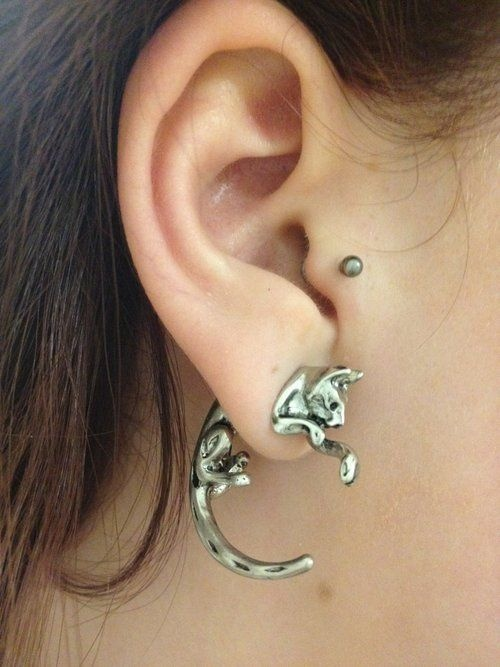 BAAAAH!!!! I have these earrings!!!! they are my favorite!!!