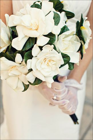 Classic looking bouquet of gardenia. i wonder if you could do magnolias for MS?