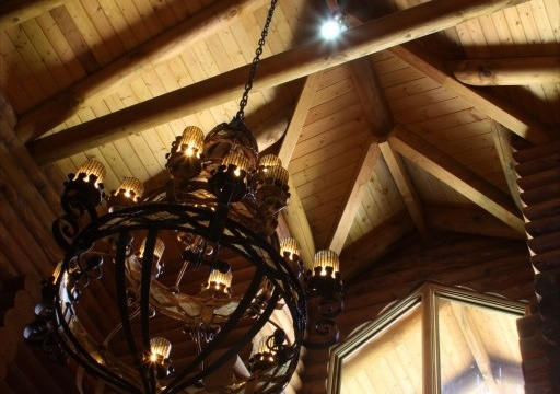 Artisan ceilings designed by the architect Eduardo Lora.