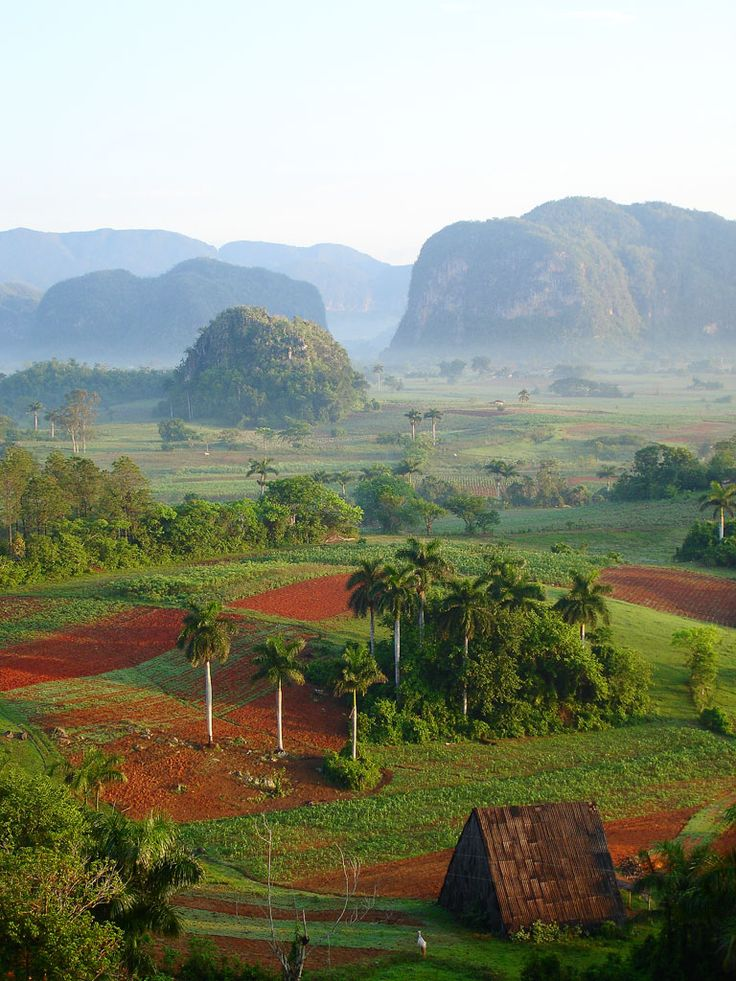 Valle de Viñales, Cuba. (UNESCO World Heritage Site)