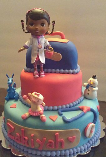 Beautiful Doc Mcstuffins cake! Thinking of that being the theme for my daughters 2nd birthday. This would be perfect!