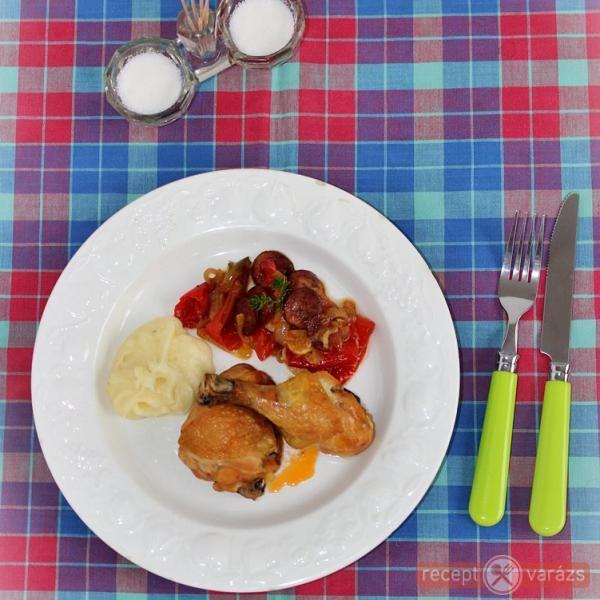 Paprikás-kolbászos csirkecomb