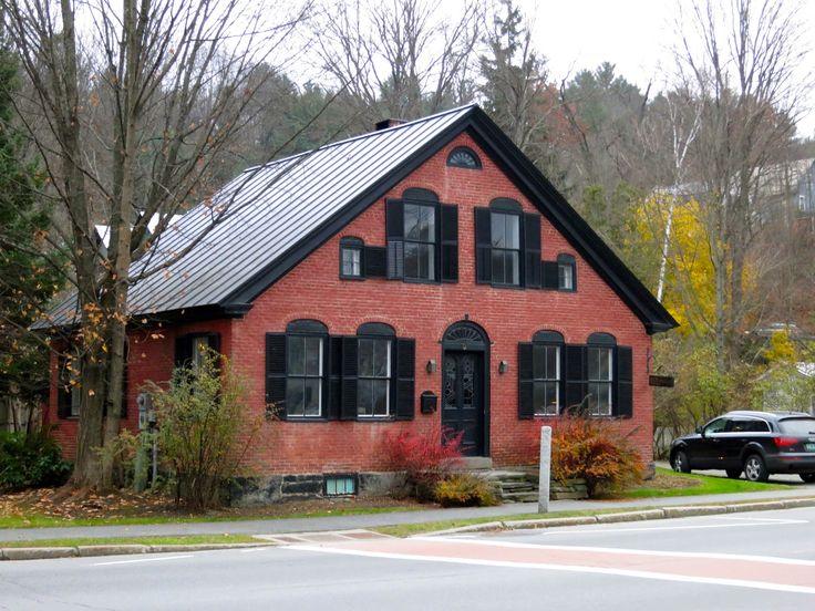 Houses in Woodstock, Vermont Metal roof houses, Brick