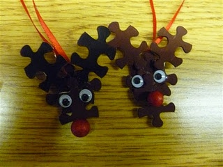 A cute craft for school.: 4Th Grade Frolics, Reindeer Necklaces, Puzzles Pieces, Christmas Crafts, Puzzles Reindeer, Cute Ideas, Holidays Ideas, 5Th Grade, Reindeer Ornaments