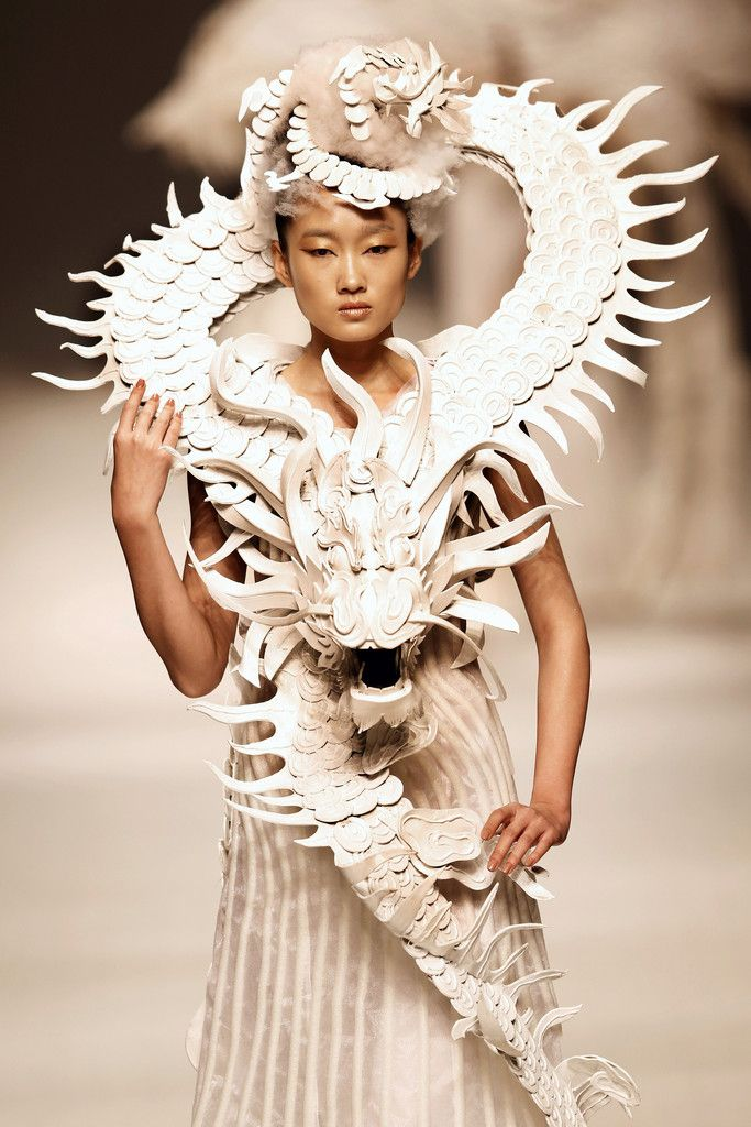 Pinsanity / karen cox. Xuming Haute Couture Collection, China Fashion Week Spring/Summer 2013 #dragons