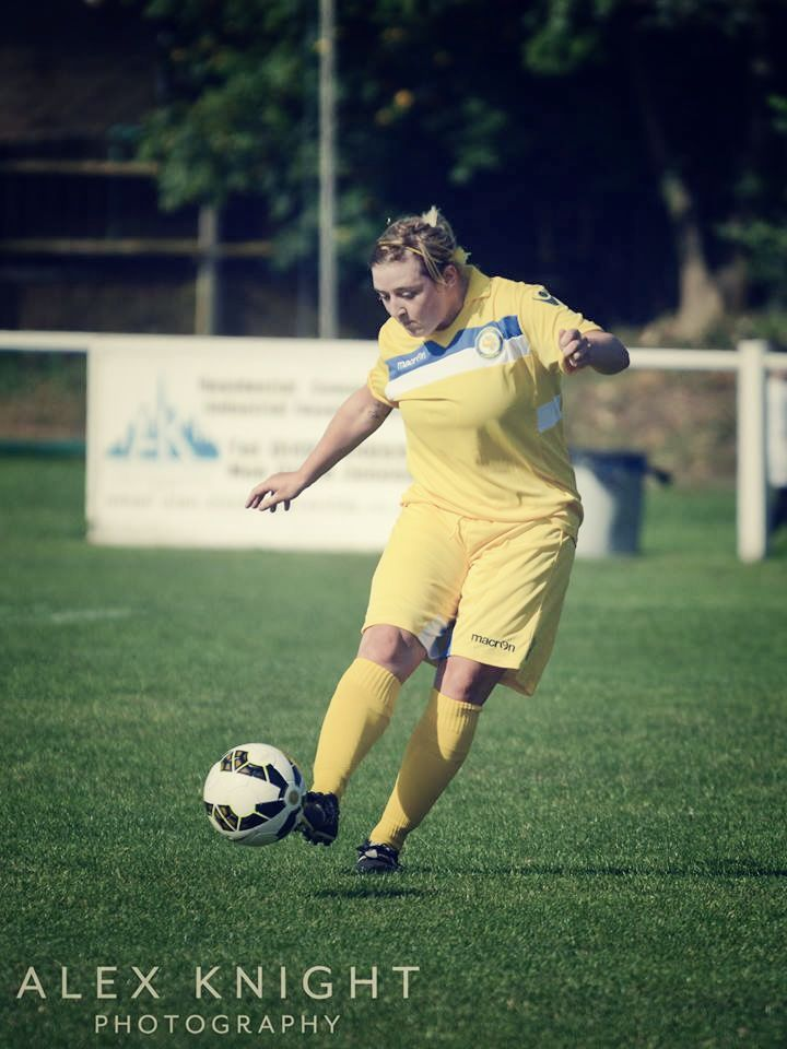 Leeds Ladies Ready For The Next Challenge After Coventry Test // Bridie Hannon by Alex Knight