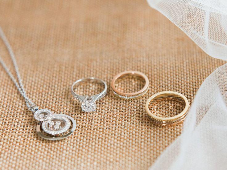 Photography: Chymo & More Photography #ショパール #カルティエ #結婚指輪 #ジュエリー
