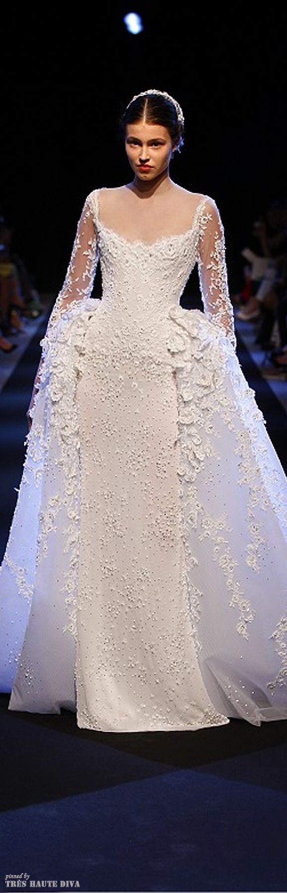 George Hobeika Couture Fall/Winter 2013/14 #wedding #dress. This is the style of dress Audrey Hepburn wore in the movie SABRINA as a ball gown. Just with less frufru - being more elegant than this one