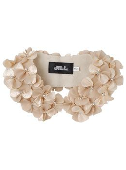 floral collar, Jill Stuart- wacky link. Just pinning for the diy idea from the picture.
