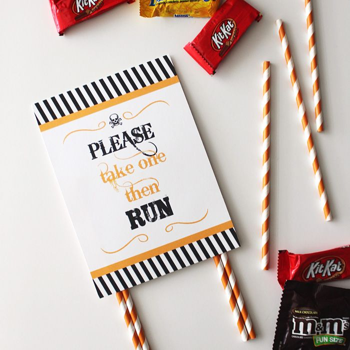 FREE Halloween Candy Sign #halloween #candy #free