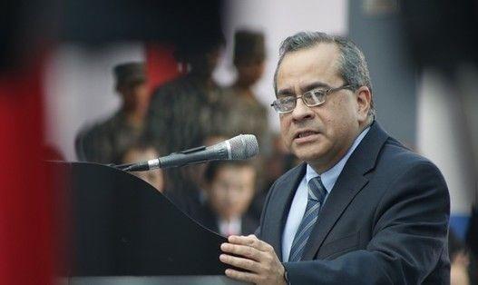 Ministro de Educación exhorta a universidad San Marcos cumplir con la Ley Universitaria