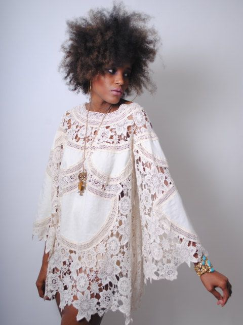 boho BELL SLEEVE 70s DRESS style ivory lace от Dreamersandlovers