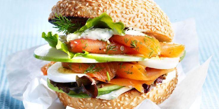 Burger norvégien au saumon fumé