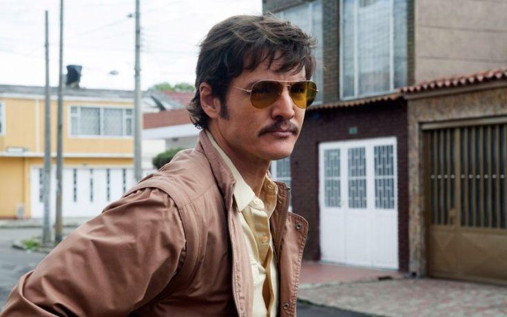 El actor que encarna al agente Peña se ha convertido en la absoluta estrella de la serie con la marcha de Wagner Moura, Pablo Escobar en las primeras dos temporadas