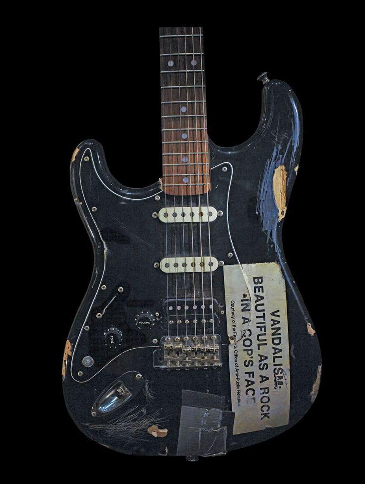 ~ Kurt Cobain in 2020 | Guitar, Acoustic guitar, Electric ...