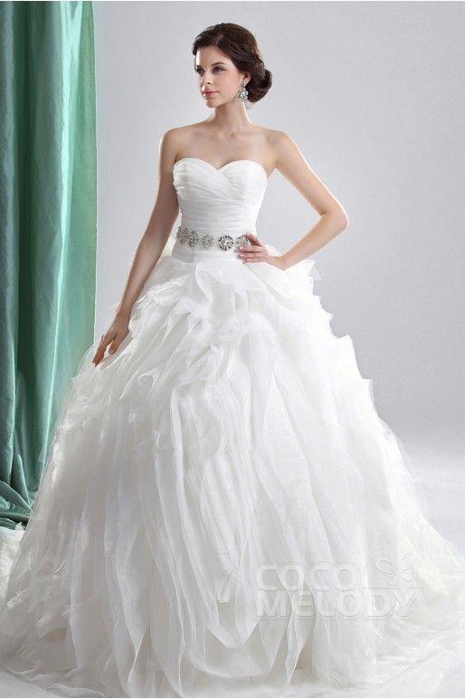 #wedding #weddingdresses #weddingblog #abitodasposa #sposa #matrimonio #teresamorone #blog http://www.teresamorone.com/2016/05/17/cocomelody-wedding-designer-dresses/