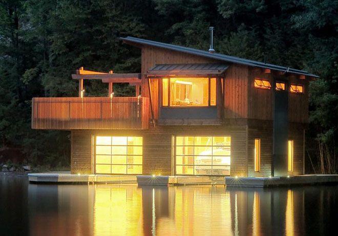 Boat House: Lake Houses, Lakes House, Muskoka Boathouse, Lakes Boathouse, House Boats, Boats Garages, Coolest House, Boats House, Muskoka Lakes