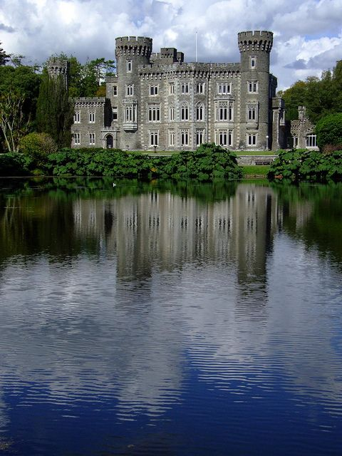 Johnstown Castle in Wexford, Ireland (by nz_willowherb).