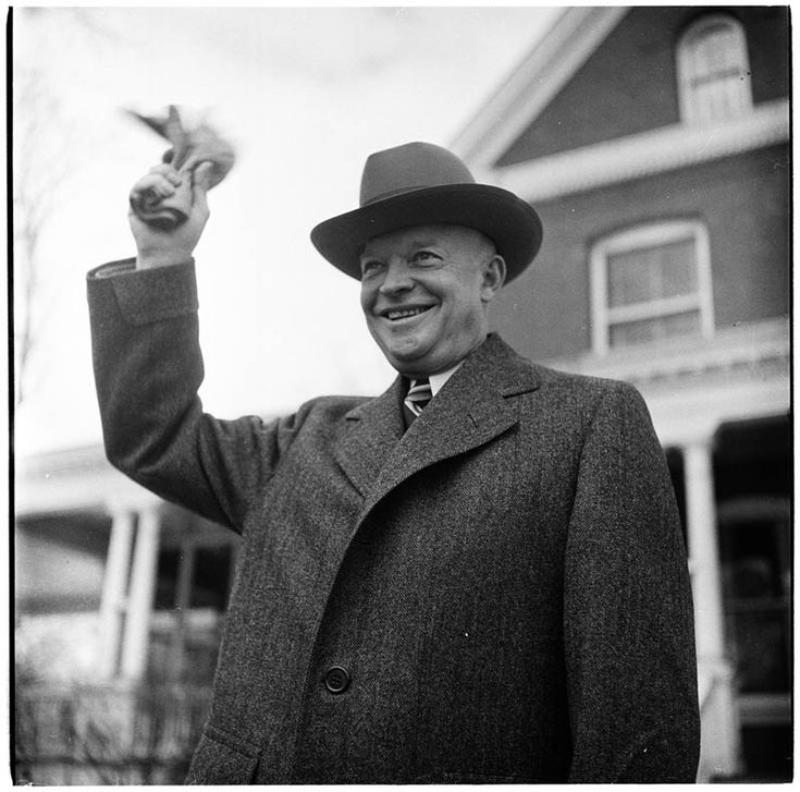 Gen. Eisenhower 1948 - Stanley Kubrick's New York: Incredible Photos of Life in the 40s