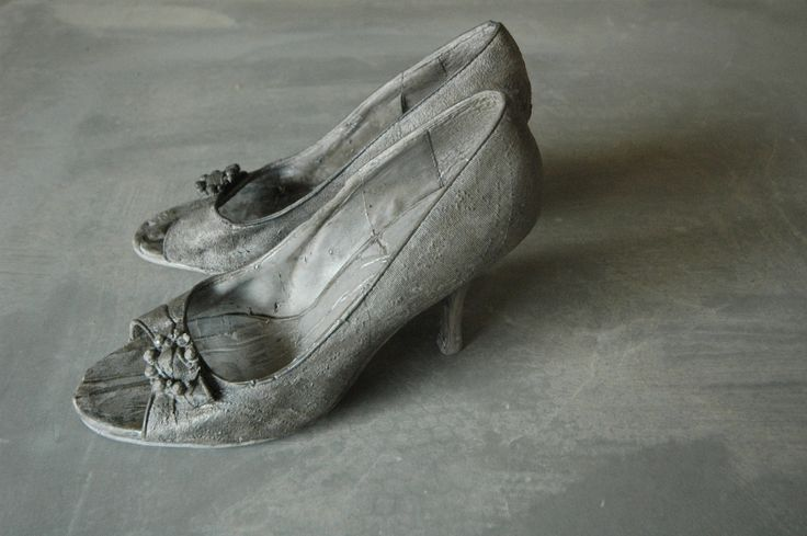"Concrete shoes Regardt van der Meulen ""sleeps with the fishes"" 2013"