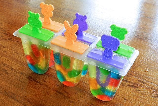 Gummy bear 'pop' sicles