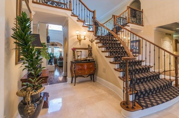 16 Elegant Traditional Staircase Designs That Will Amaze You: Best 25+ Traditional Staircase Ideas On Pinterest