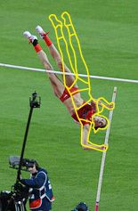 In the Pole Vault, Consistency Through Tough Conditions