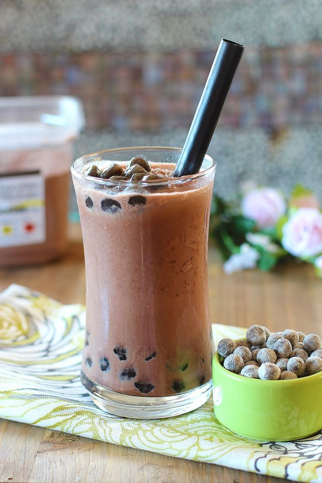 Chocolate Smoothie with Boba Pearls