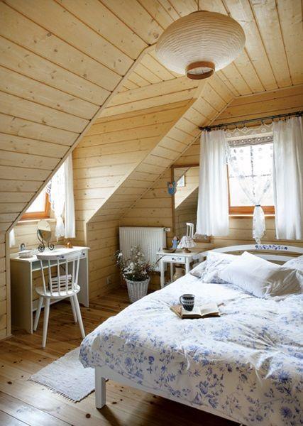 8-dormitor rustic mansardat casuta taraneasca din lemn polonia