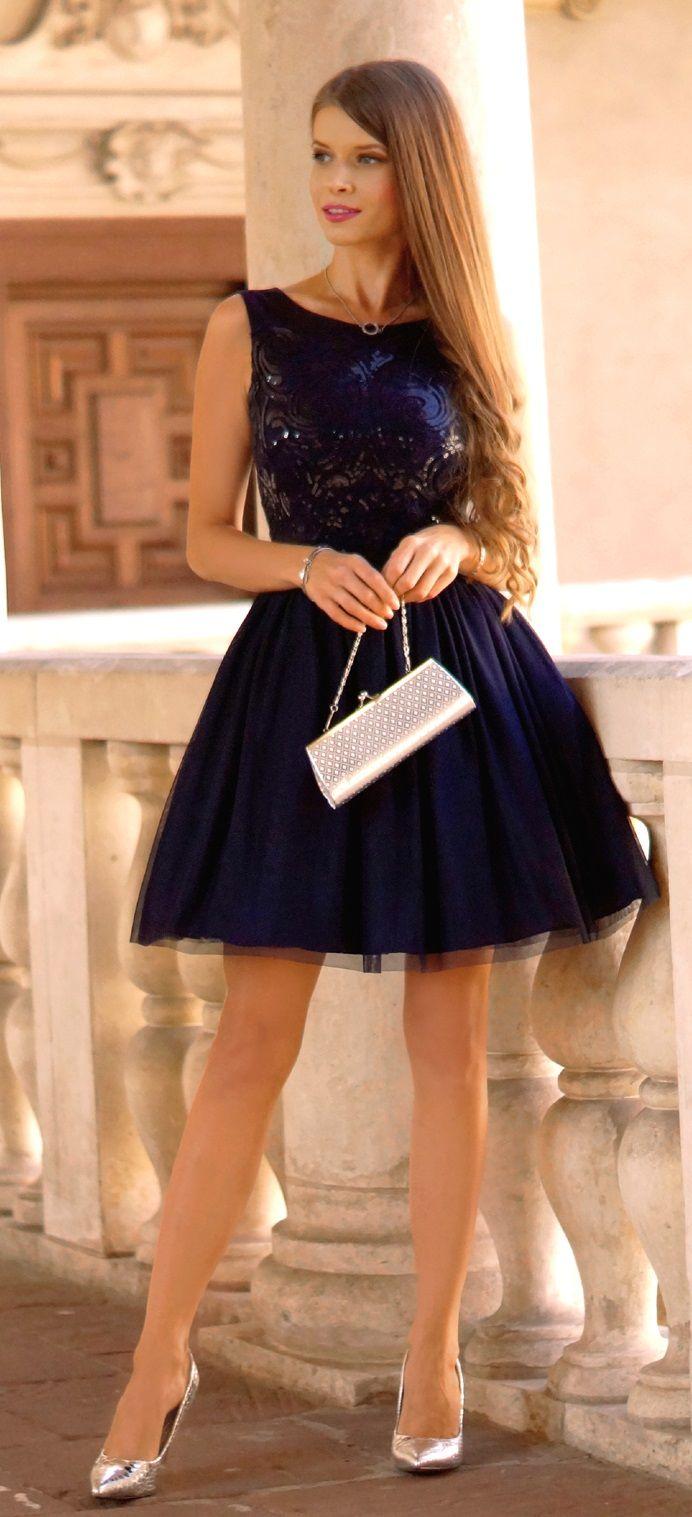 Navy blue tulle dress. Tiulowa granatowa sukienka z cekinowa górą