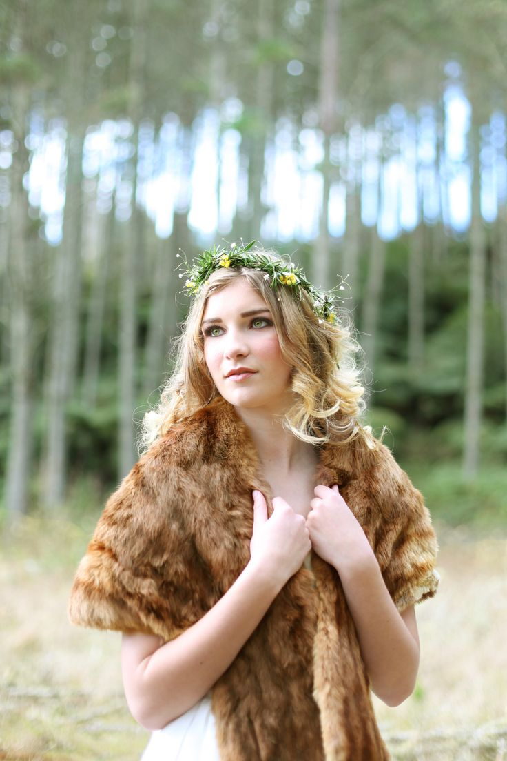 Into the woods at Old Forest School.  www.rosemcmahon.com
