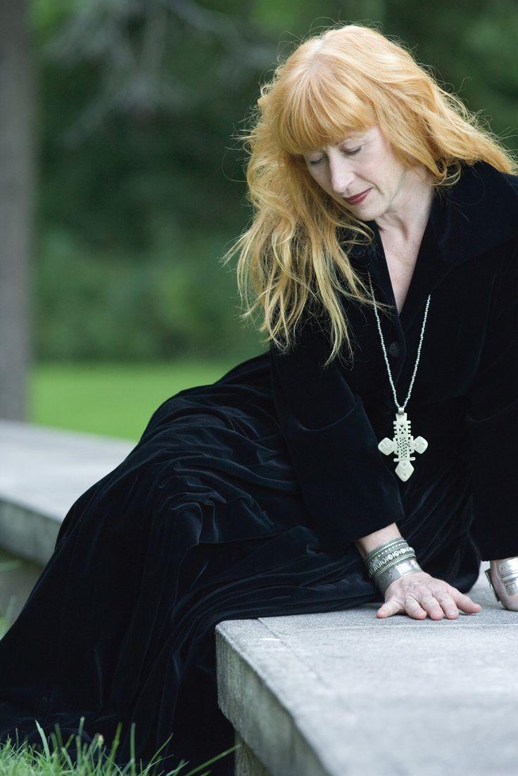 Loreena McKennitt...her voice, her music: my therapy...