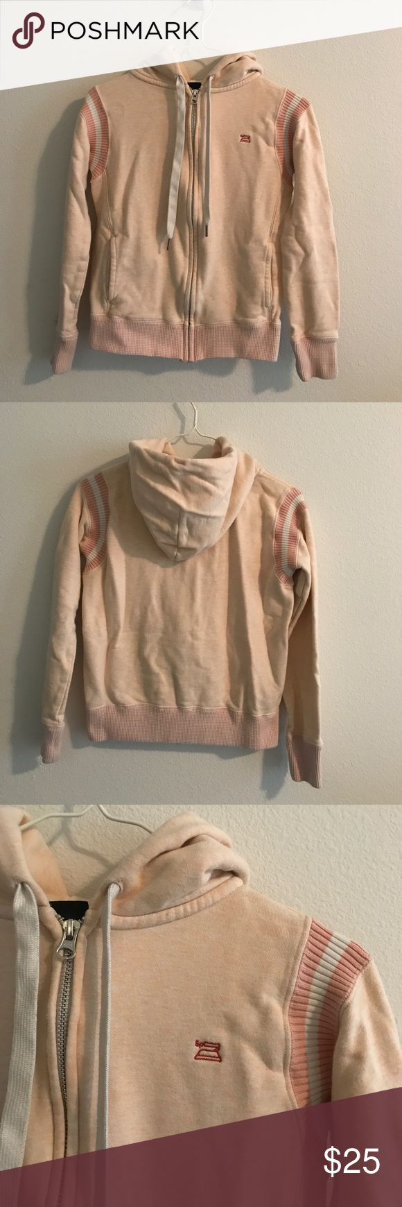 Uniqlo hoodie in coral Uniqlo x Good Morning Beautiful People Collaboration hoodie in beautiful light coral color. Body is 100% cotton, rib is 98% cotton and 2% spandex. Material has slight stretch. In excellent condition. Uniqlo Jackets & Coats