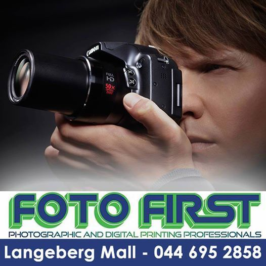 #Canon #Powershot #SX50 Camera kit including a Lowerpro Bag and a 8GB Ultra II memory card. Amazing 50x Wide Optical Zoom (24 - 1200mm). Available at Fotofirst Mosselbay, conveniently located at the Langeberg Mall in Mossel Bay.