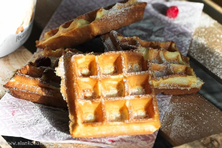 Classic Belgian Waffles #belgianwaffles #recipes #dessert #slankosund