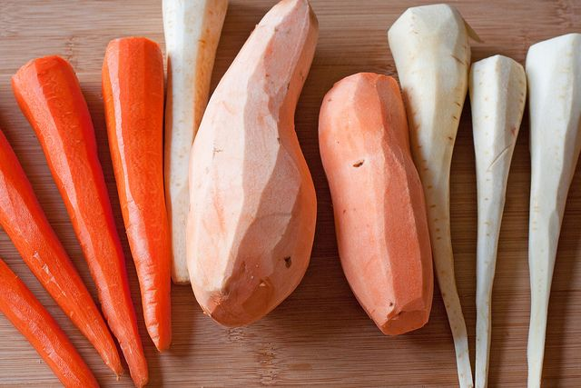 Kitchen Basics: Roasting Root Vegetables // Yes, there are secrets to properly roasting your root veggies!