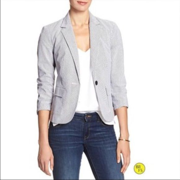 Banana Republic Seersucker Jacket This fun navy and white seersucker jacket has navy piping around the edges for extra detailing. Looks great with jeans or dress pants Banana Republic Jackets & Coats Blazers