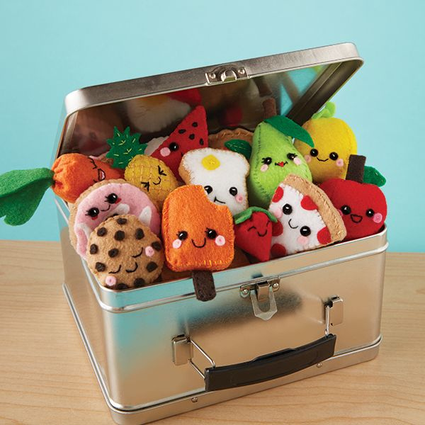 Make more than 18 felt food plushies to stitch and stuff with Klutz's Sew Mini Treats! Available at www.klutz.com or from your local craft or toy retailer.